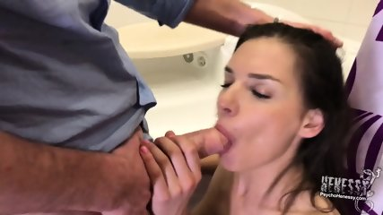Awesome Sex In Bathroom