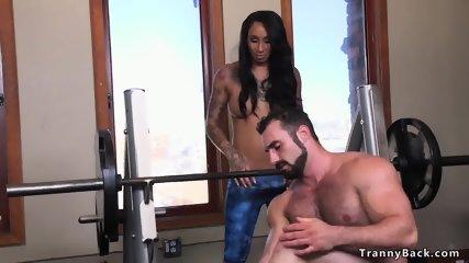 Latina tranny fucks guy at the gym