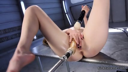 Blonde squirting and fucking machine - scene 10
