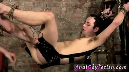 Gay nude hunk men and twink Face Fucked With A Cummy Cock
