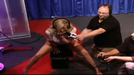 Jenna Jameson Rides A Sybian For The Howard Stern Show-pic27
