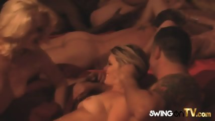 Tipsy swinger wife Kimberly sharing her husband Michel with other chicks