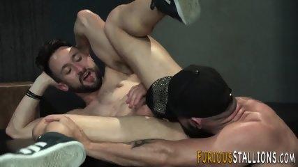 Rimjob gay porn