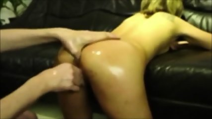 Dildo, plug and beads in pussy!