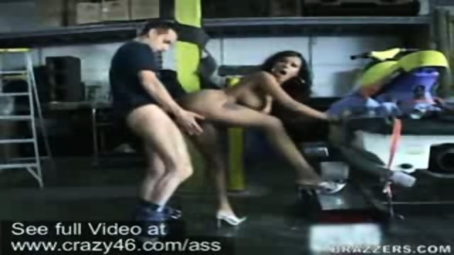 Lacey Duvalle fucks inside a garage lot