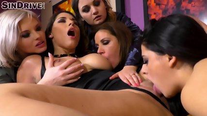 Lesbian Fuck Fest - scene 9
