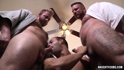 Big Dick Gay Threesome With Cumshot - scene 10