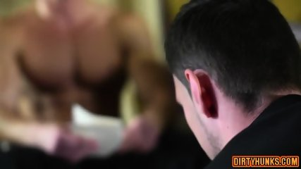 Muscle Gay Flip Flop With Cumshot - scene 2