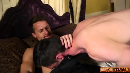 Muscle Gay Flip Flop With Cumshot - scene 7