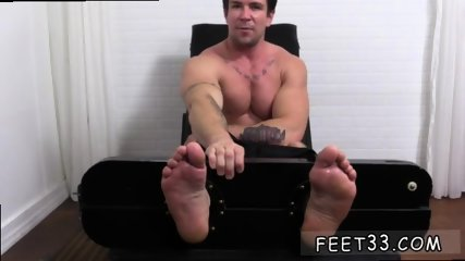 Teen boys showing their penis and toes guys that like sucking on gay Trenton Ducati Bound - scene 12
