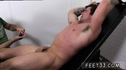 Teen boys showing their penis and toes guys that like sucking on gay Trenton Ducati Bound - scene 2