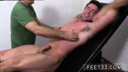 Teen boys showing their penis and toes guys that like sucking on gay Trenton Ducati Bound - scene 6