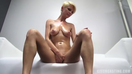 Nice And Naked Amateur Petra