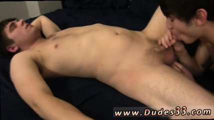 Pakistani twinks speedos and muscled college student having gay sex Zaden and Trent get