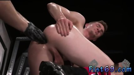How to do gay ass fisting video and emo gays Axel Abysse and Matt Wylde bathe each other