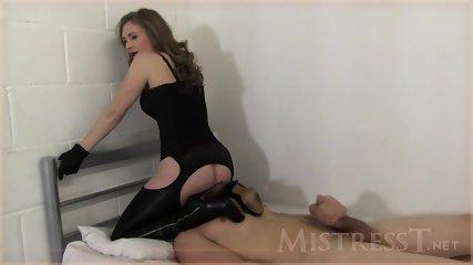 Prisoner Licks Her Wet Pussy