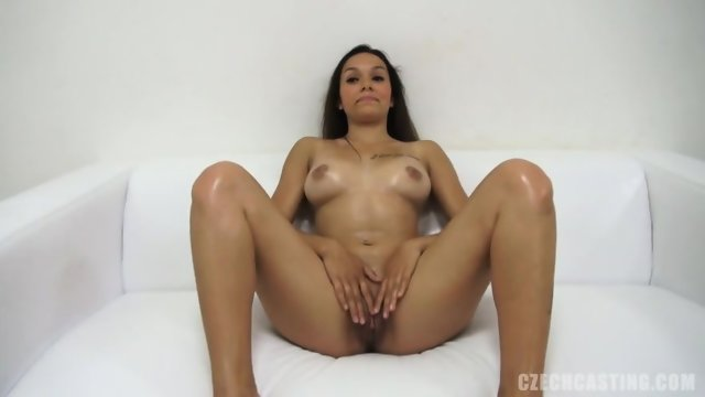 Pretty Amateur At The Casting