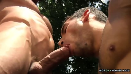 Gays Get Wet and Butt Fuck