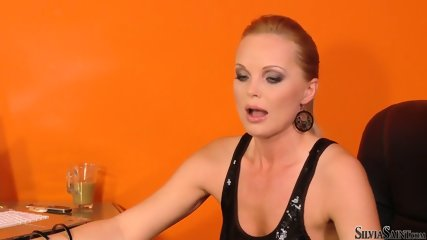 Bridget Shows Her Sexy Body At The Casting - scene 6