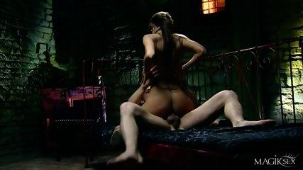 Kinky Anal Sex With Horny Babe - scene 6