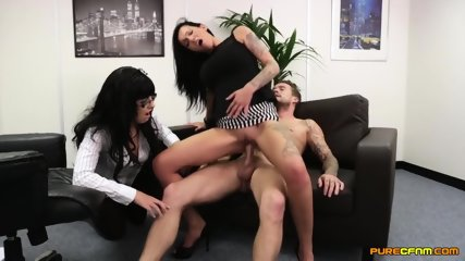 Two Elegant Whores Have Fun With Dick - scene 9
