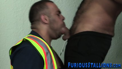 Muscled dude face fucked - scene 7
