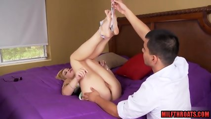 Hot milf sex and cumshot - scene 3