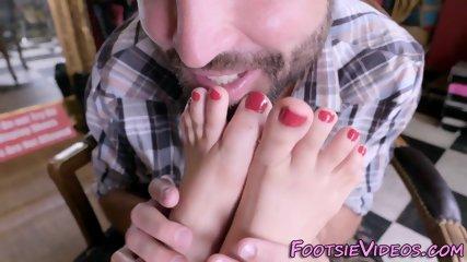 Babes feet in shoestore - scene 4
