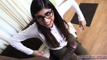 Cute young teen cam Mia Khalifa Tries A Big Black Dick - scene 6
