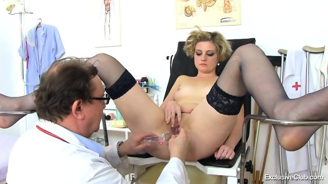 Doctor Examines Her Deep Pussy