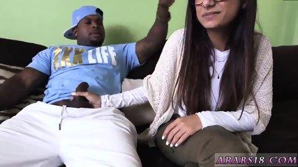 Ts pornstars xxx Mia Khalifa Tries A Big Black Dick - scene 1