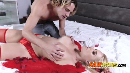 Vanessa Cage gets her pussy drilled in multiple positions