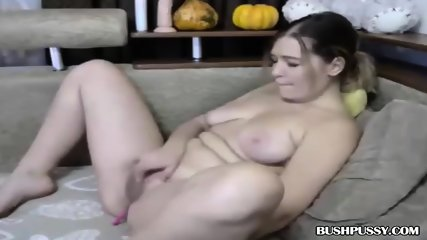 Hot webcam MILF rubs hairy bush and clit until orgasm