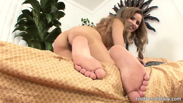 Girl With Nice Feet In Solo Performance