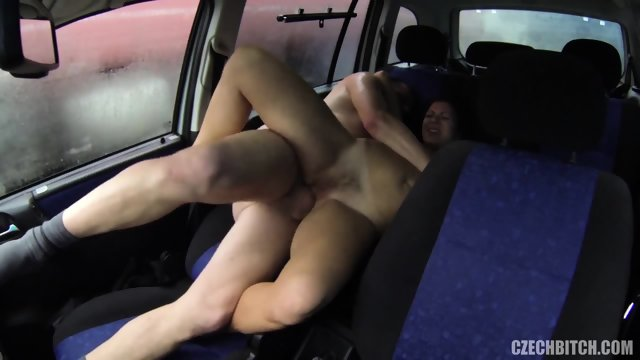 Kinky Customer Fucks Whore In Car