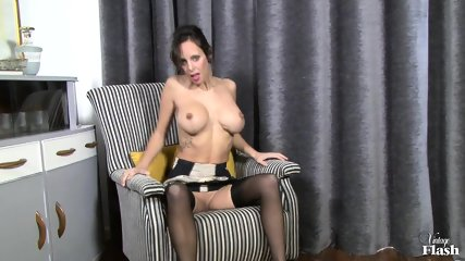 Elegant Woman With Stockings Plays With Herself - scene 4
