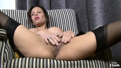 Elegant Woman With Stockings Plays With Herself - scene 7