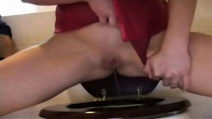 Peeing Girl - scene 8