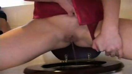 Peeing Girl - scene 9