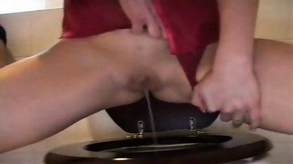 Peeing Girl - scene 10
