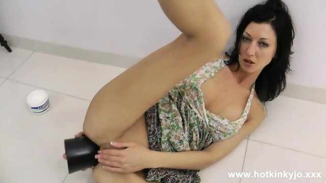 Huge Dildo In Her Anus