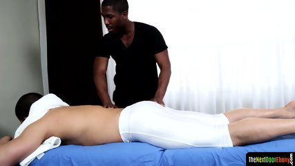 Hunky ebony masseur sucking clients cock