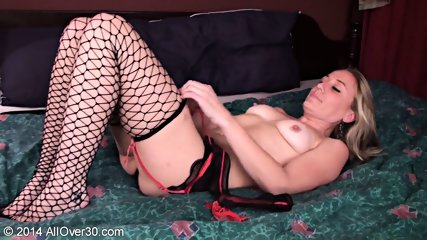 Woman With Fishnets Stimulates Her Pussy - scene 2