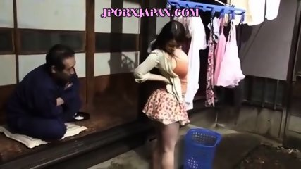 Sexy Japanese Lady Gets More Than a Backrub