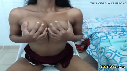 Hot Ebony milking her boobs live on webcam