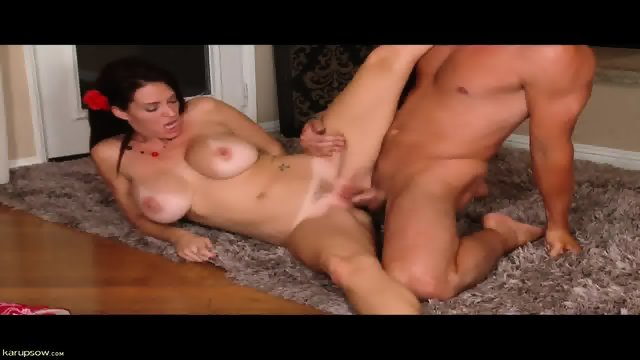 Lovely Girl With Nice Tits Gets Pounded