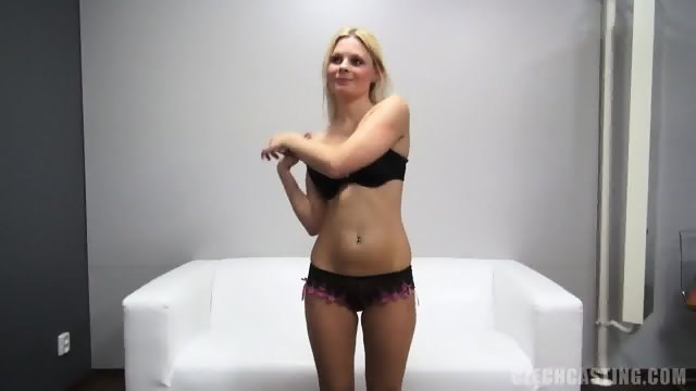 European Amateur Shows Pussy And Tits - Aneta