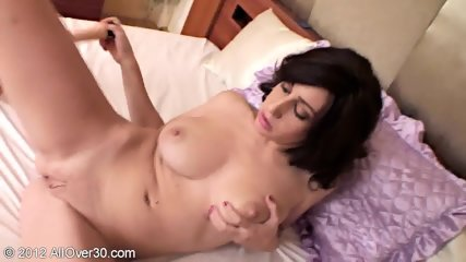 Housewife With Dildo In Vagina - scene 5