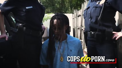 Criminal has no choice but to take turns on cop pussy