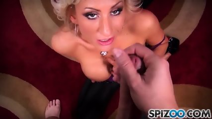 Zoey Loves To Suck A Dick - scene 7